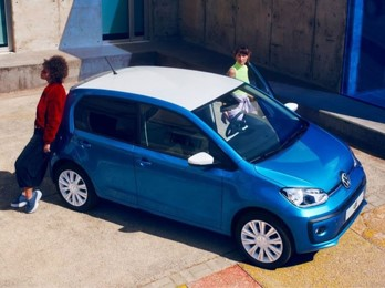 Volkswagen Up Carpoint